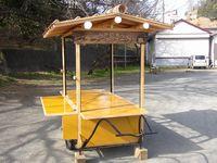 リサイクル材で製作した屋台