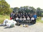 ファミリーマート伊豆営業所の皆さんと松毛川清掃活動